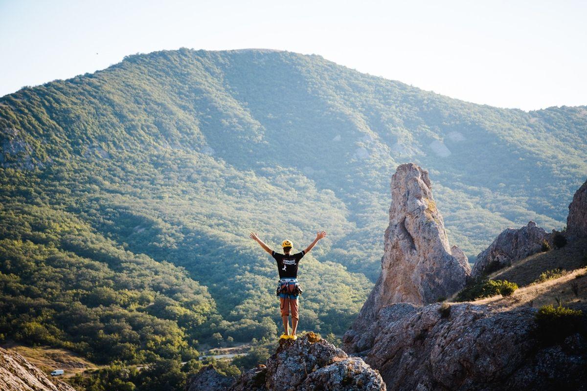 Скалолазание, альпинизм и Виа Феррата в Крыму
